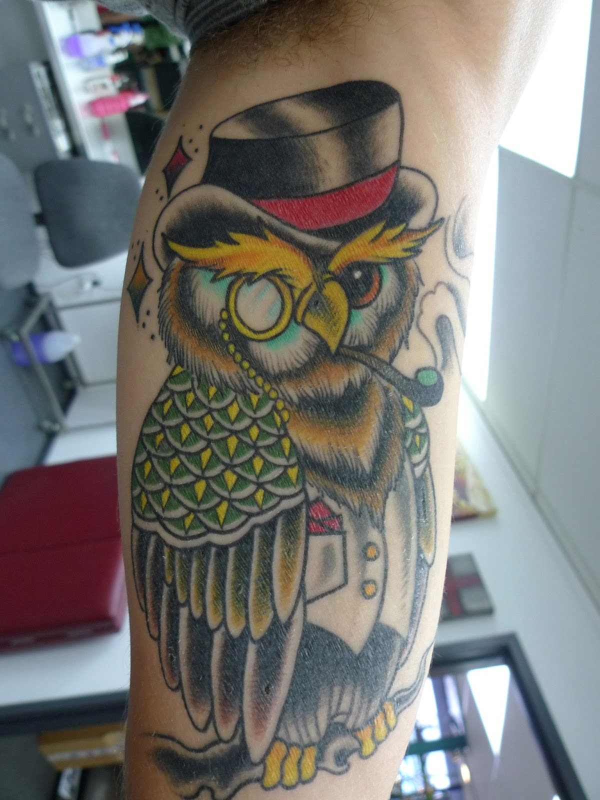 Holy skin tattoo max 39 s owl almost healed one week on for Tattoo shops in queenstown nz