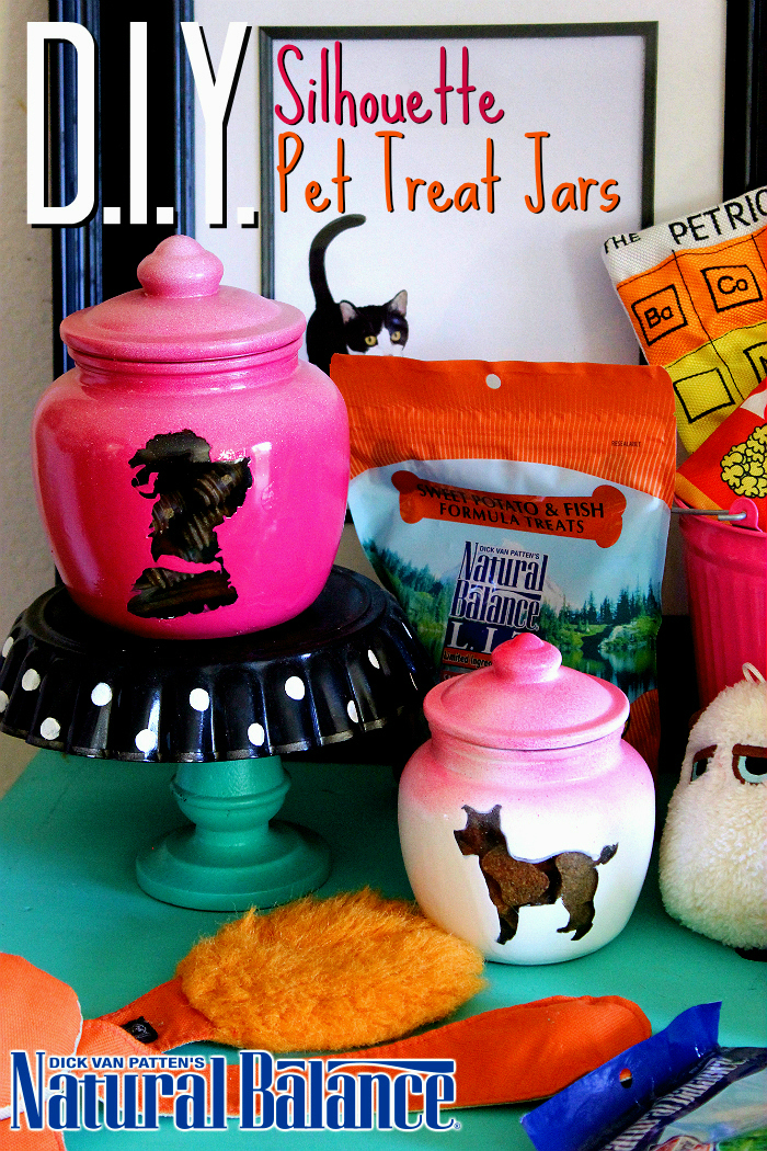 D.I.Y. Pet Silhouette Treat Jars Tutorial featuring #NaturalBalance pet treats. (ad)