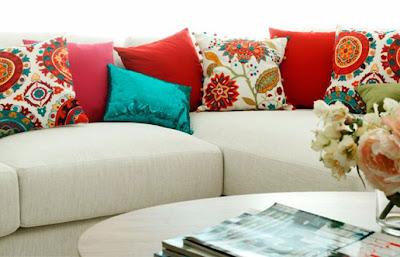 6 ideas para ambientar un living decoguia tu gu a de for Cojines para sofas exterior