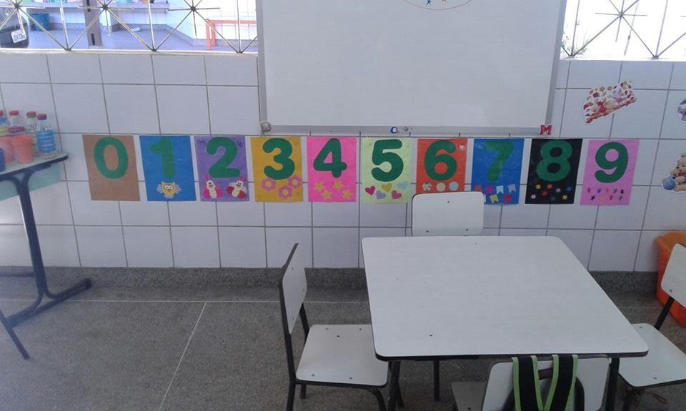 Numerais de parede em EVA com apliques