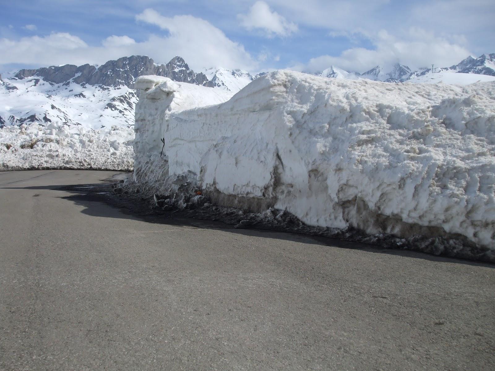 Rutaslazaros paredes de nieve en formigal for Jardin de nieve formigal