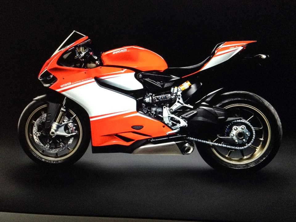 2014 1199 Superleggera Ducati Pictures: Tigho NYDucati 2