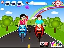 Ôm hôn trên moto, game vui