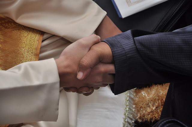 barang-hantaran-Barang-hantaran-lelaki-barang-hantaran-perempuan-Barang-hantaran-tunang-Barang-hantaran-kahwin-nikah-unik-2013-simple-sederhaha