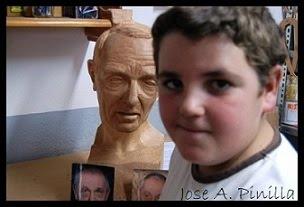 Y al fondo el rostro del Romano Antonius