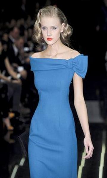 Robe bleu marine 2013