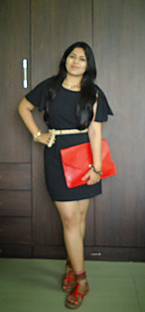 OOTD: Black Ruffle Sleeves Dress