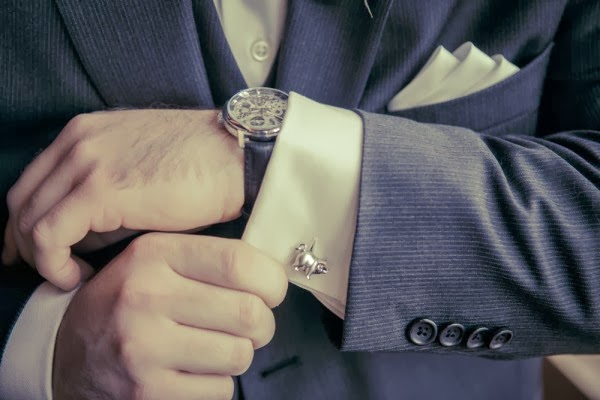 groom cuff