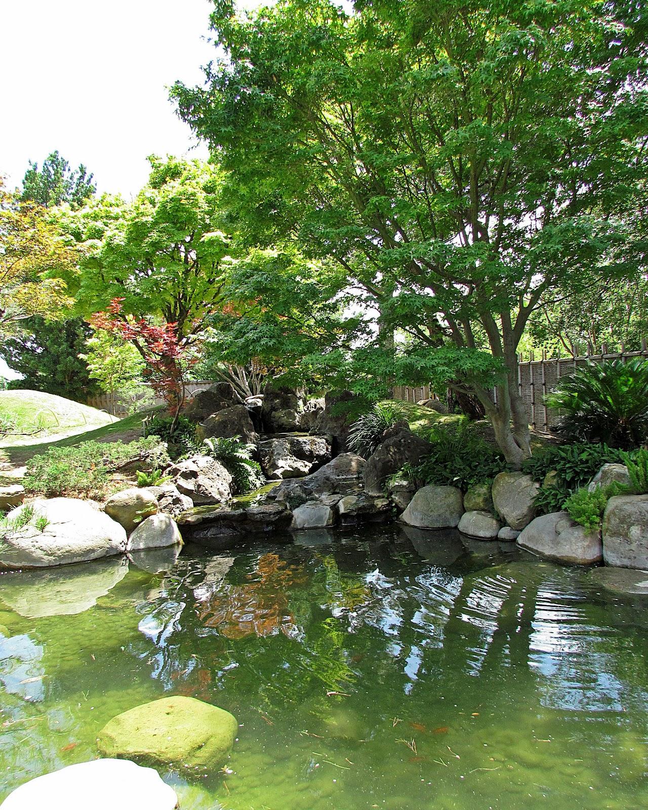 Patchwork garden san antonio botanical gardens for Japanese garden water feature