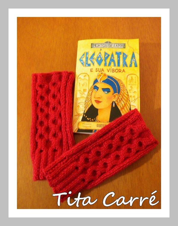 Luvas sem dedos em tricot com Cleópatra e sua víbora