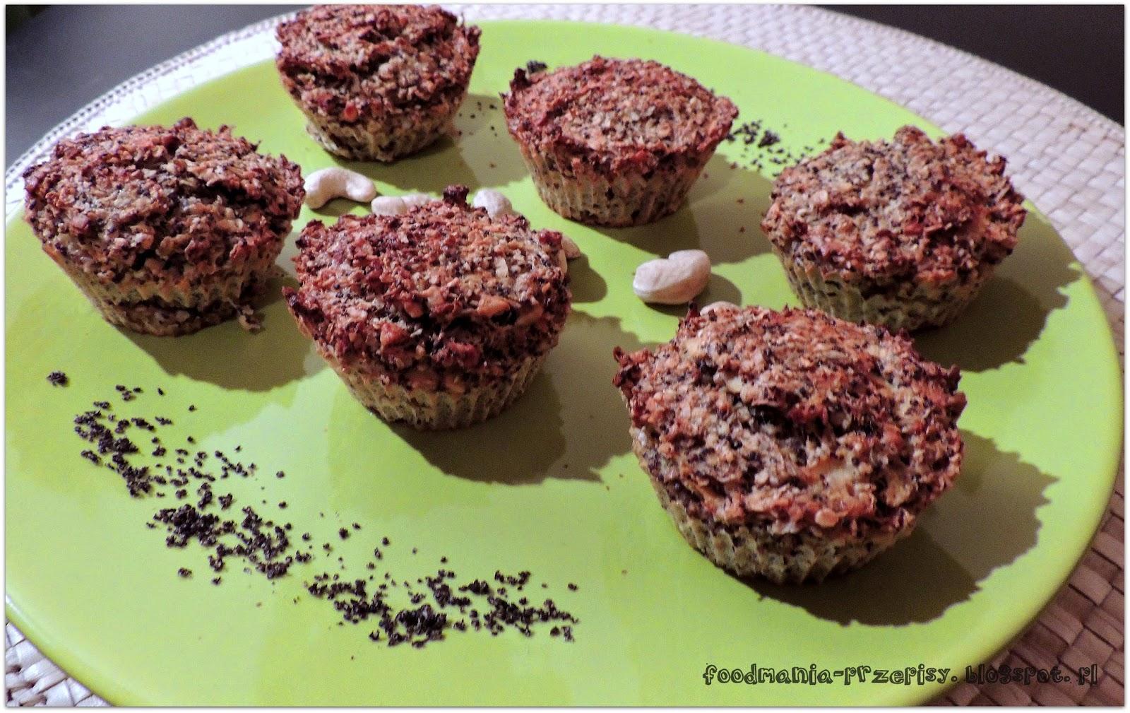 http://foodmania-przepisy.blogspot.com/2014/01/muffiny-otrebowe-z-makiem.html