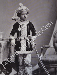 Soon after Sayaji Rao Ill's unexpected coronation in 1875, the Prince of Wales was amused to note that the boy-king was 'quite over-loaded with jewels ... though only six months ago he was running about the streets adorned with the most limited wardrobe.