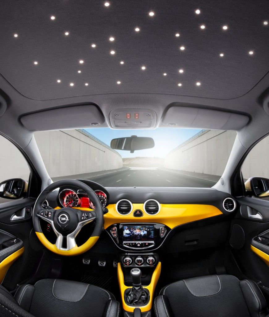 opel adam lancia la sfida a 500 e mini. Black Bedroom Furniture Sets. Home Design Ideas