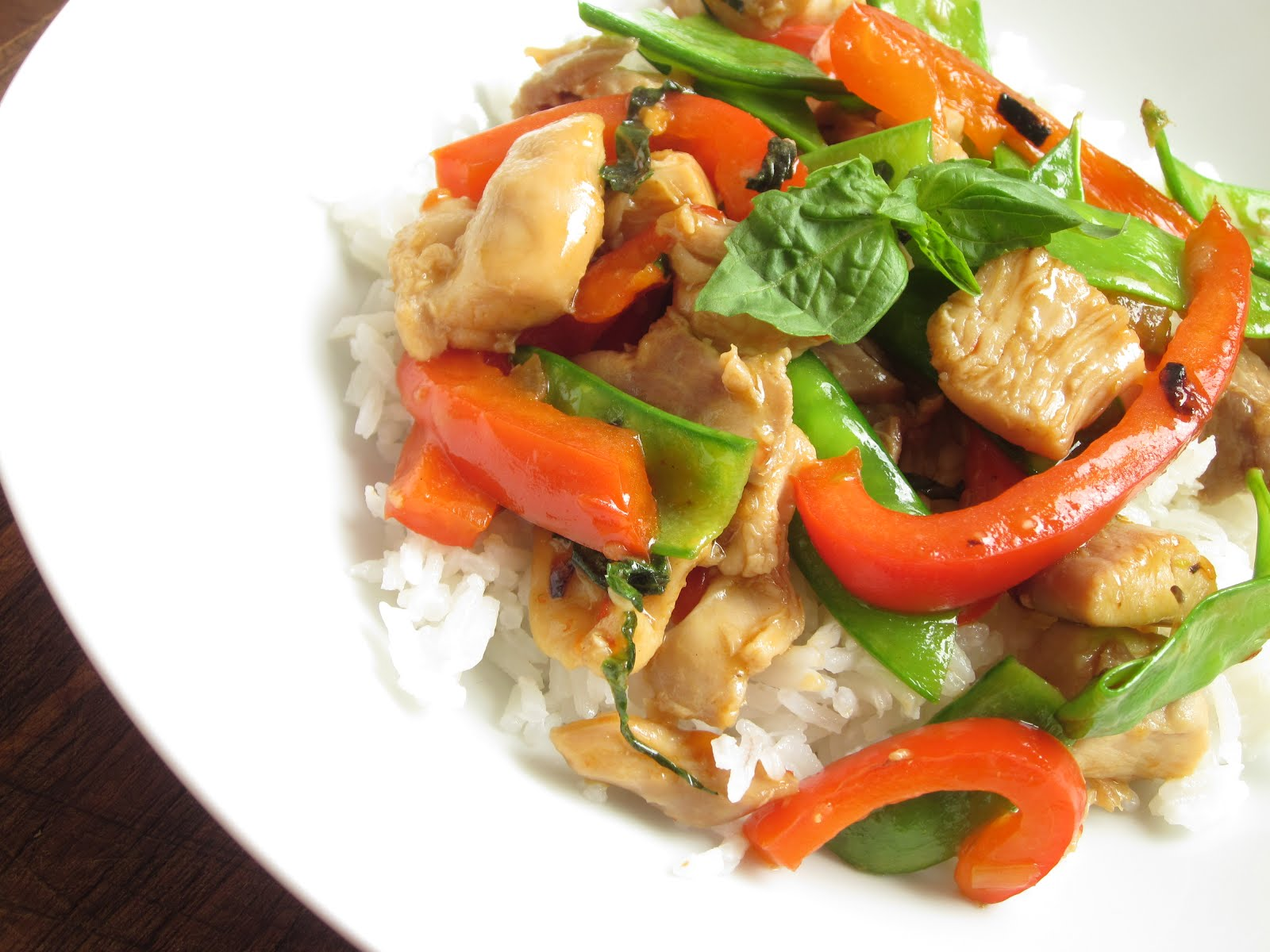 Sweet Luvin' In The Kitchen: Spicy Basil Chicken with Sweet Peppers ...