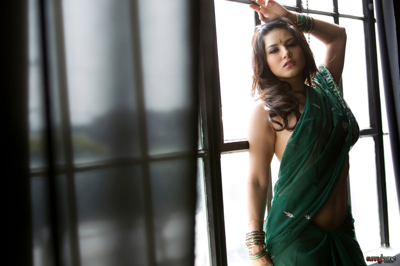 Sunny Leone Saree Superbollywoodstars