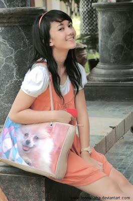 http://2.bp.blogspot.com/-0eASealcCog/TWeK0VyzTkI/AAAAAAAAAyA/GAK3ON7iCyU/s400/Foto-Leona-Agustine.jpg