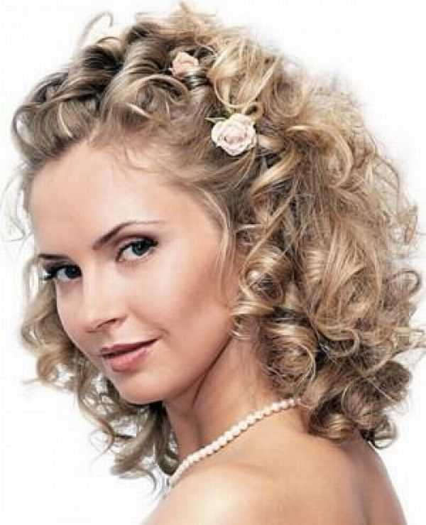 coiffure Mariee cheveux boucles laches 2014