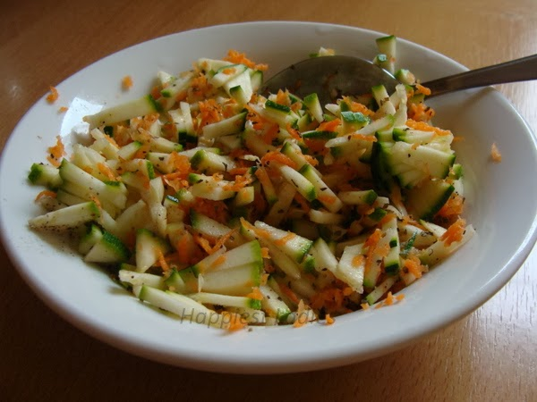 healthy food corgette & carrot