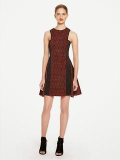 desenli kısa kolsuz elbise