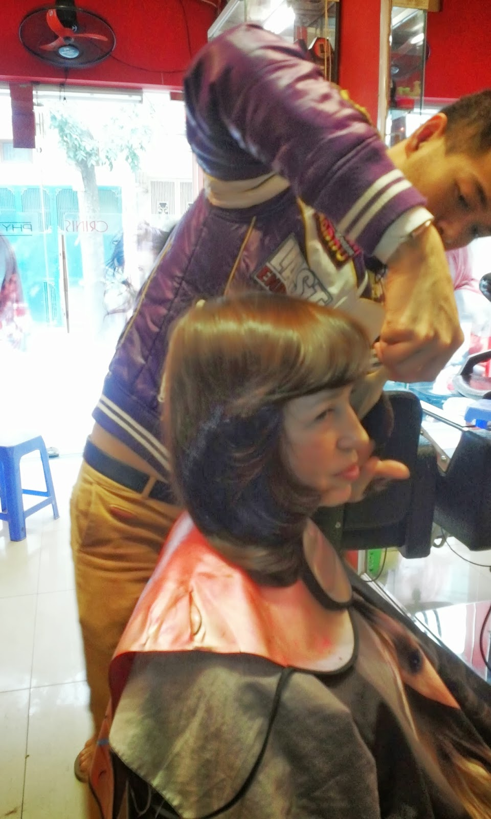 HAIR SALON FOR FOREIGNER CUSTOMER AT BA DINH DISTRICT, HANOI, VIETNAM