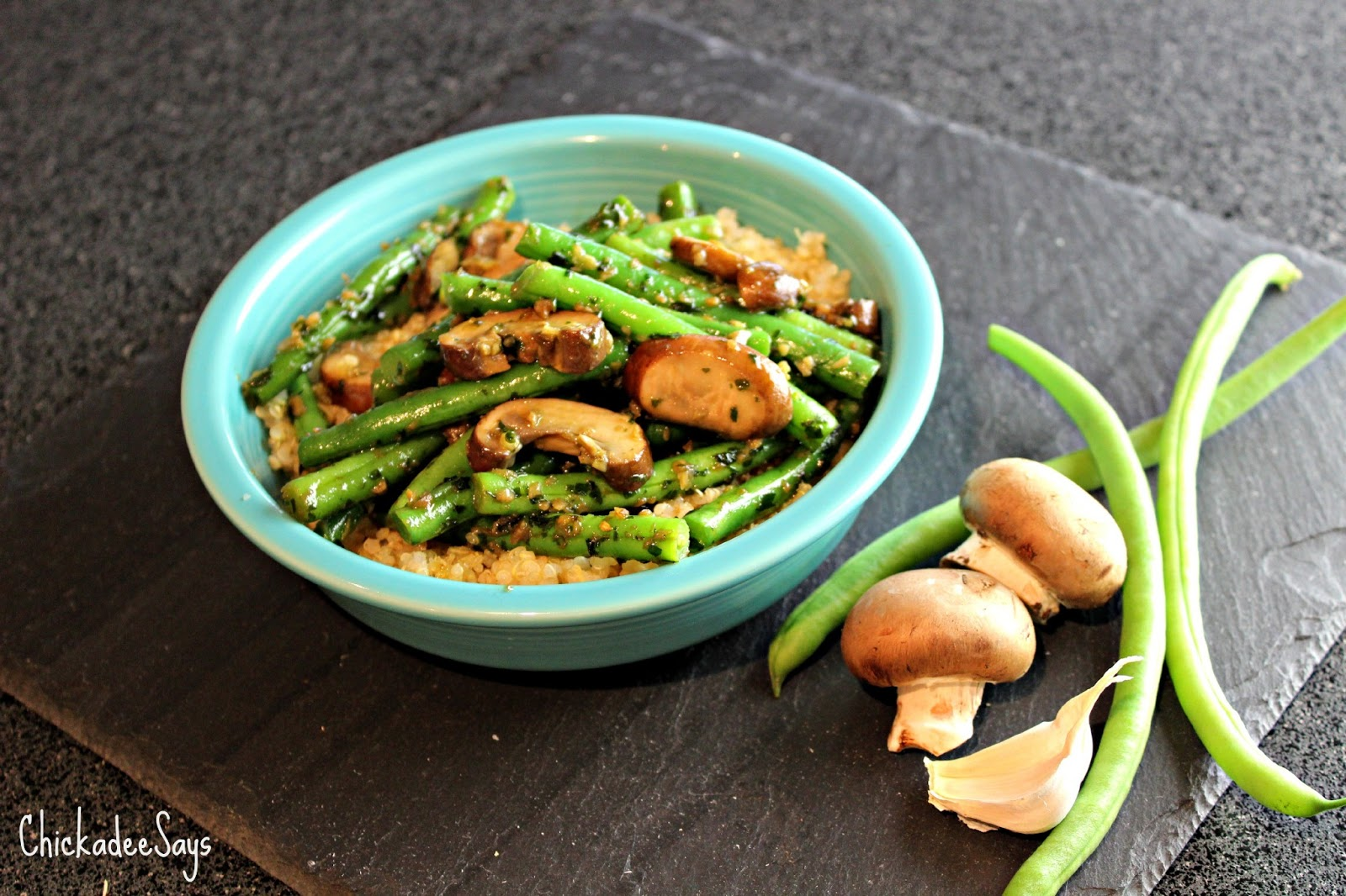Meatless Monday: Garlic-Basil Green Beans over Mushrooms and Quinoa ...