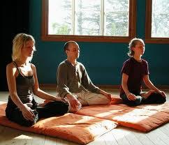 Medita, prega, coneix-te