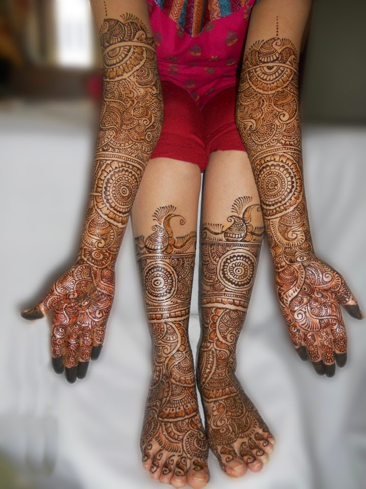Top 10 mehndi designs for hand and foot she9 facebook for Top 10 designs