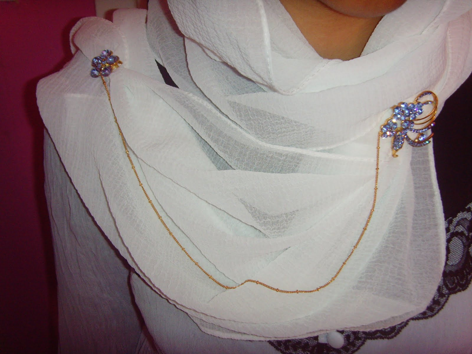 des épingles hijab à la mode
