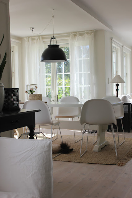 myhome og len m bel hjem kj re hjem. Black Bedroom Furniture Sets. Home Design Ideas
