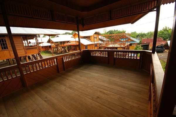 gambar teras rumah kayu
