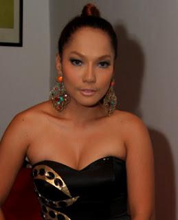 Jenny Cortez Renang untuk Jaga Kebugaran Saat Puasa » Gossip | Jenny Cortez