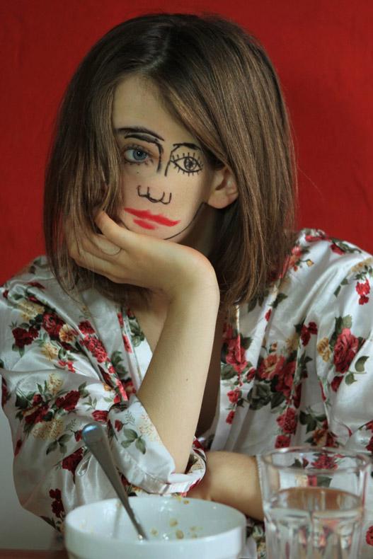 Mujer con 2 caras te hará cuestionar lo que realmente está viendo