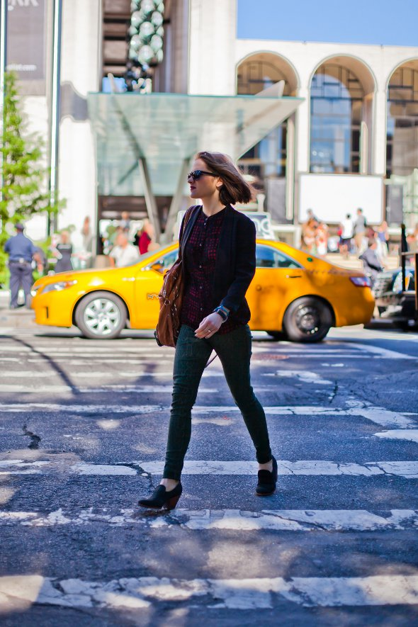 green pants, prince albert heels, red and black top with blue cardigain, new york street style, womens street style, womens fashion in new york, new york fashion week