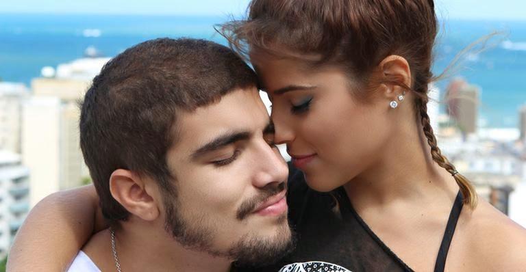 Cenas quentes do filme Travessia causam ciúmes em Zezé Di Camargo