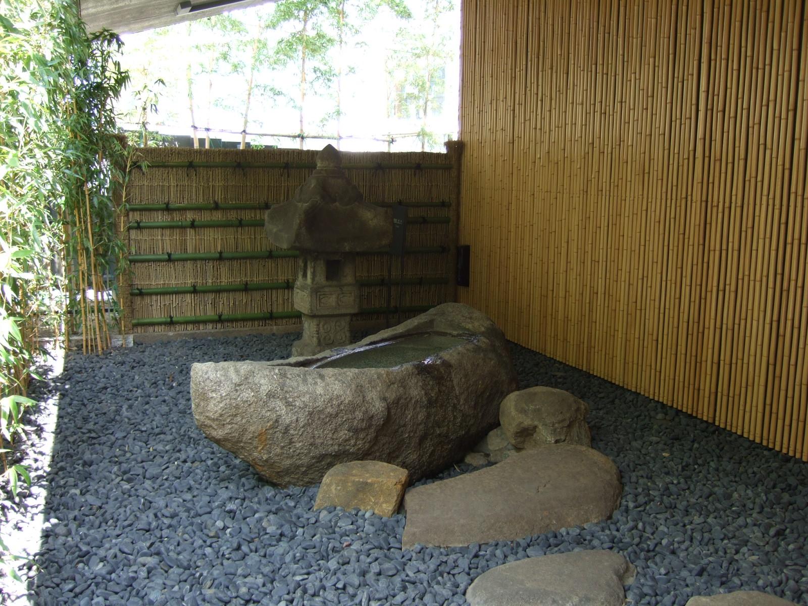 庭園,竹,砂利,石灯篭,根津美術館,東京〈著作権フリー無料画像〉Free Stock Photos