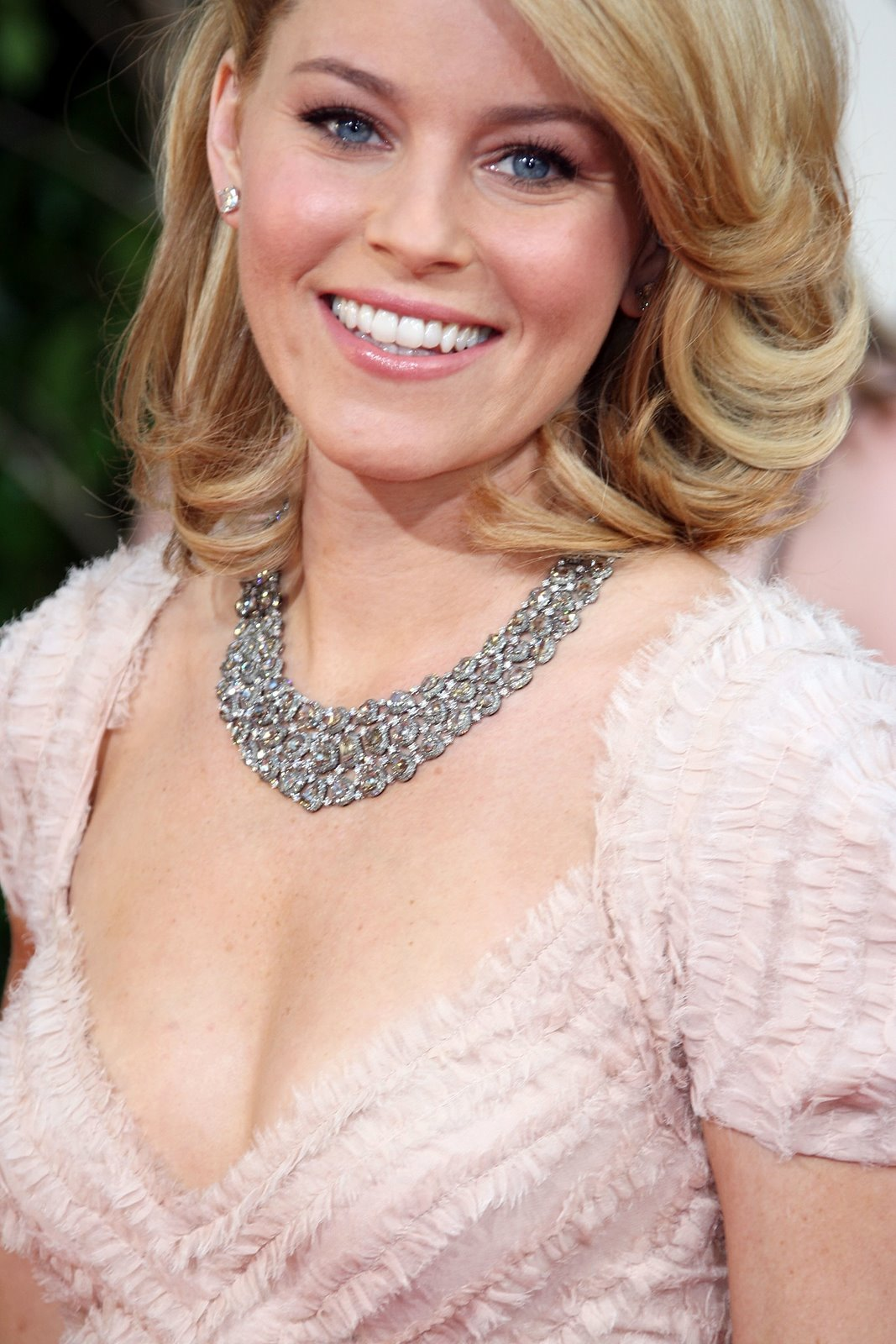 elizabeth banks pictures