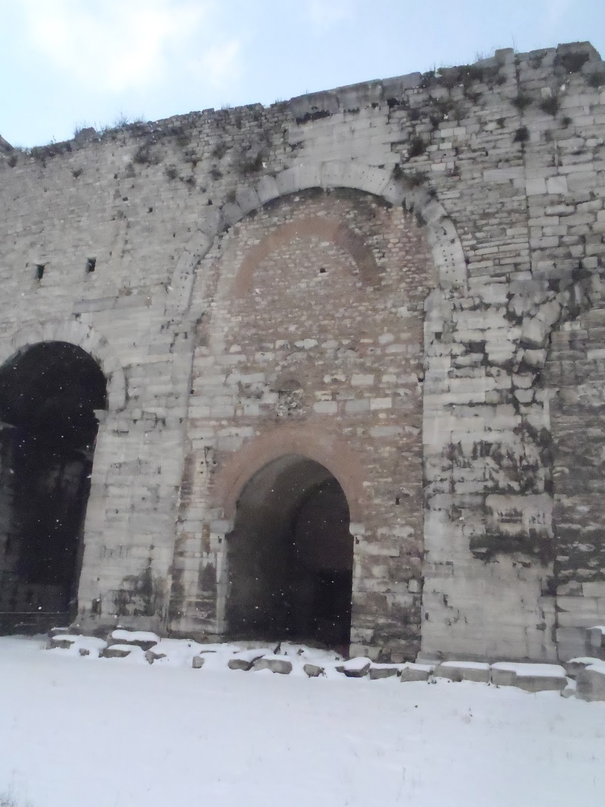 Golden Gate inside the Yedikule Fortress, Inside wall