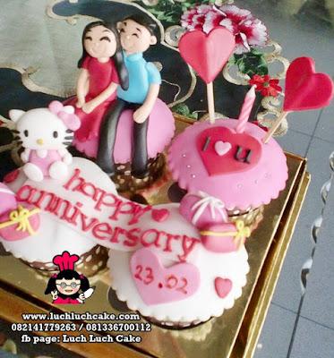 Cupcake Hello Kitty Anniversary