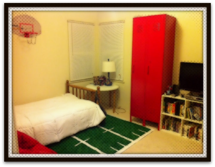 Sports Locker For Kids Room : Sports Locker For Kids Room : Sports Theme Boys Room
