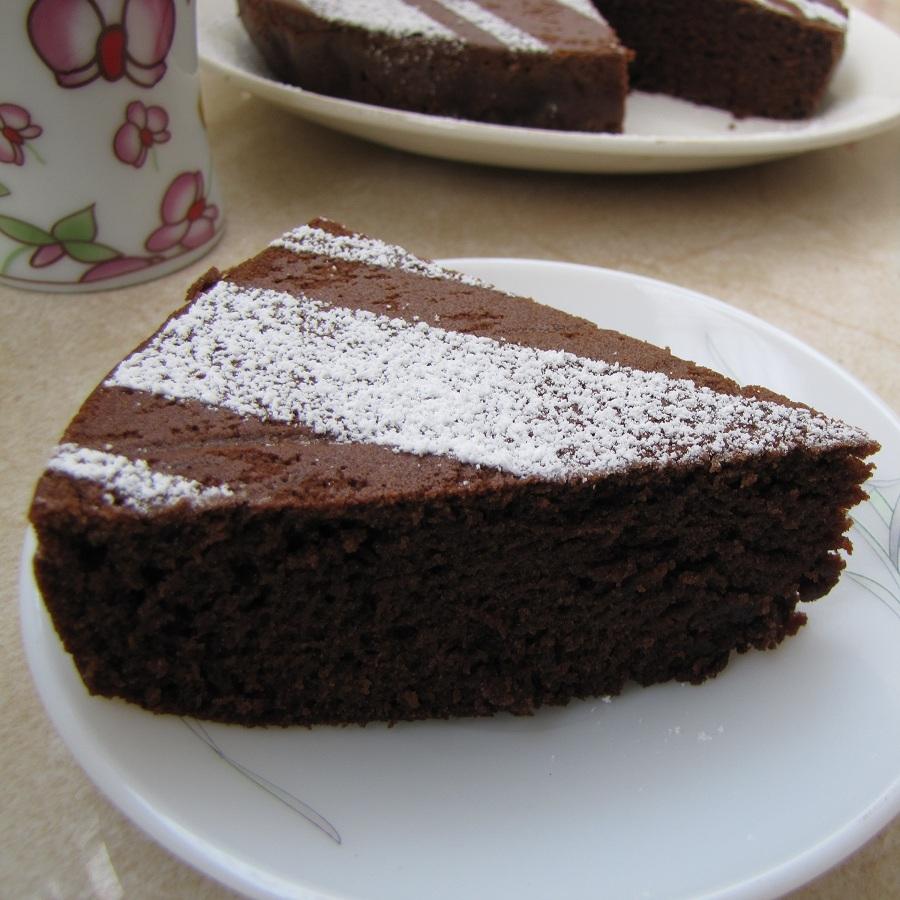 Super Yummy Recipes: Eggless Sour Cream Chocolate Cake