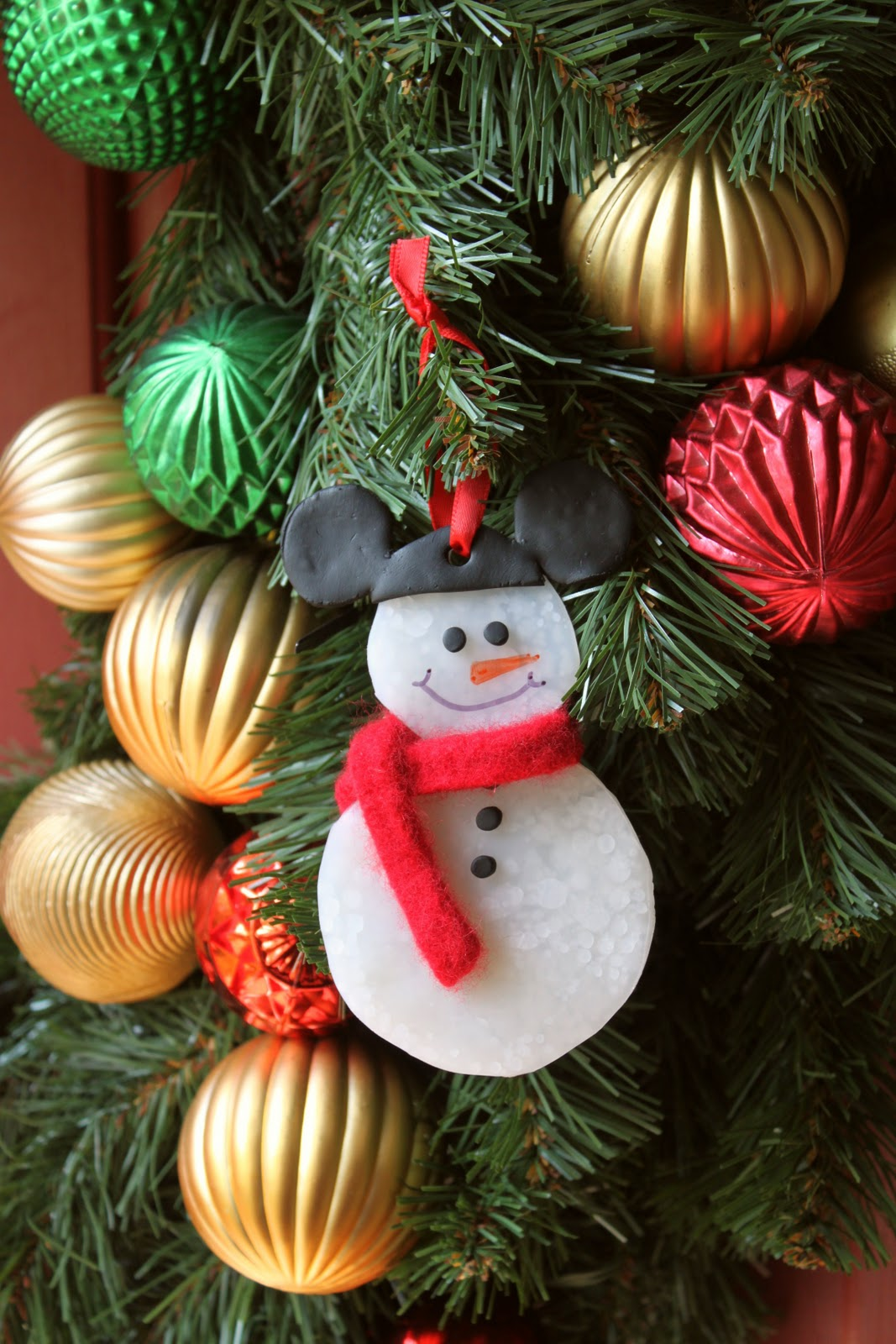 how to make the mickey snowman ornament - Christmas Tree Decorations Mickey Mouse
