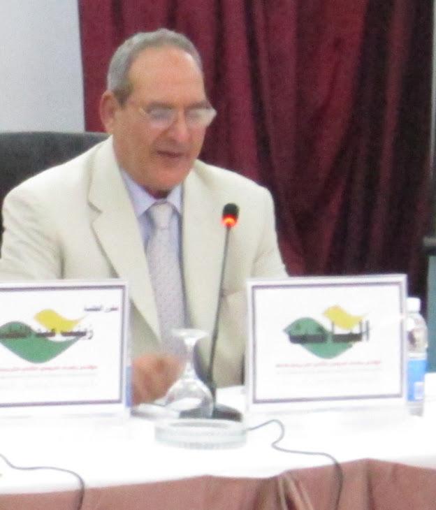 باحثا بمؤتمر بغداد الدولى الثانى للترجمة 2012