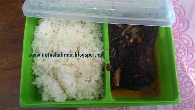 WORDLESS WEDNESDAY : LUNCH BOX HARI INI