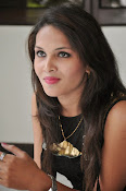 Angel Singh latest glam pics-thumbnail-13