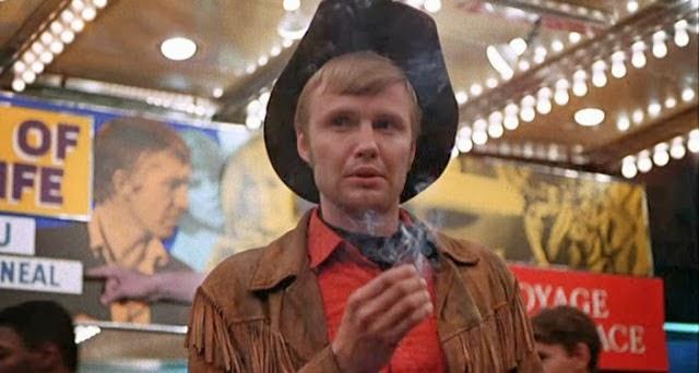 Cowboy de medianoche, 6