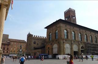 Piazza Maggiore de Bolonia, Palacio del Podestà  o del Alcalde.