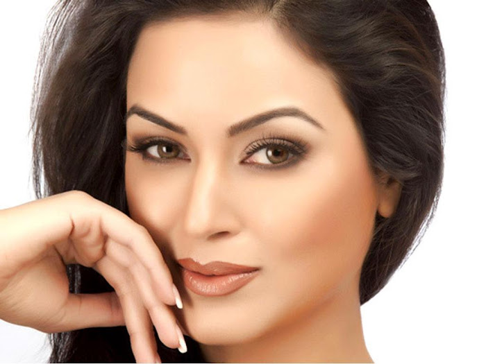 Maryam Zakaria Hot Photo Shoot Picture - 01