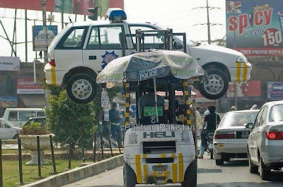 Traffic-Police-Lifter-Lifts-Police-Car