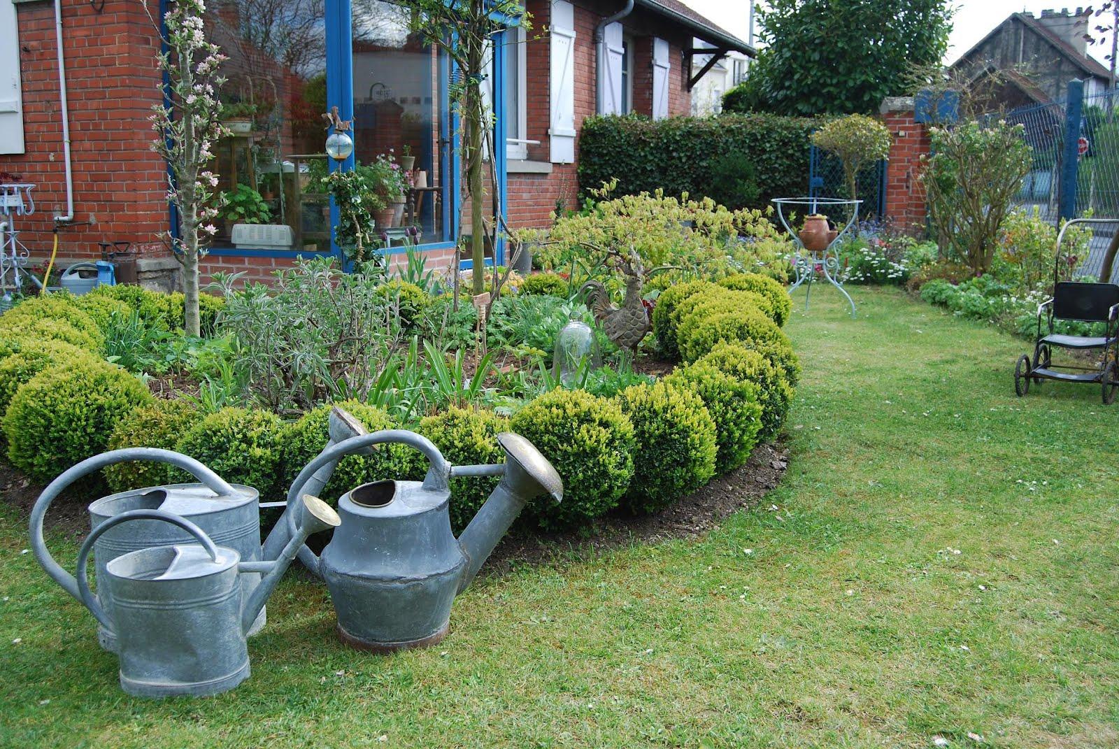 le blog de parcs et jardins de l 39 oise avril 2012. Black Bedroom Furniture Sets. Home Design Ideas