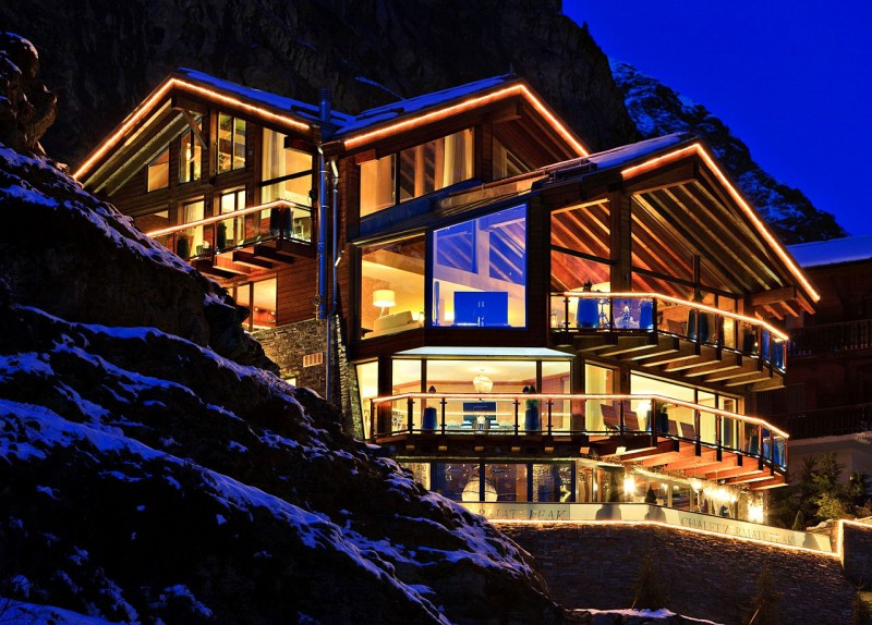 Luxury 5 star chalet boutique hotel in swiss alps most for Hotel luxury world